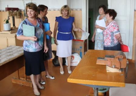 ВОренбурге продолжается приёмка школ кновому академическому году